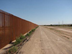 Border_fence_below_El_Paso