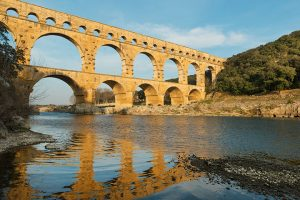 rome-aqueduct-ruins-rotator-720x480